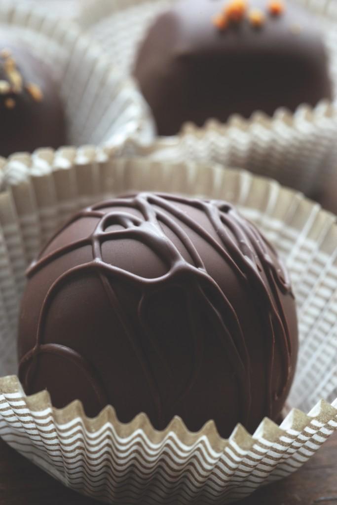 585mj2020 Laughing Gull Chocolates